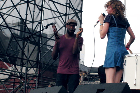 Tunde_adebimpe_and_katrina_ford