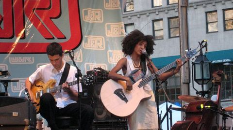 Esperanza_spalding_group_6