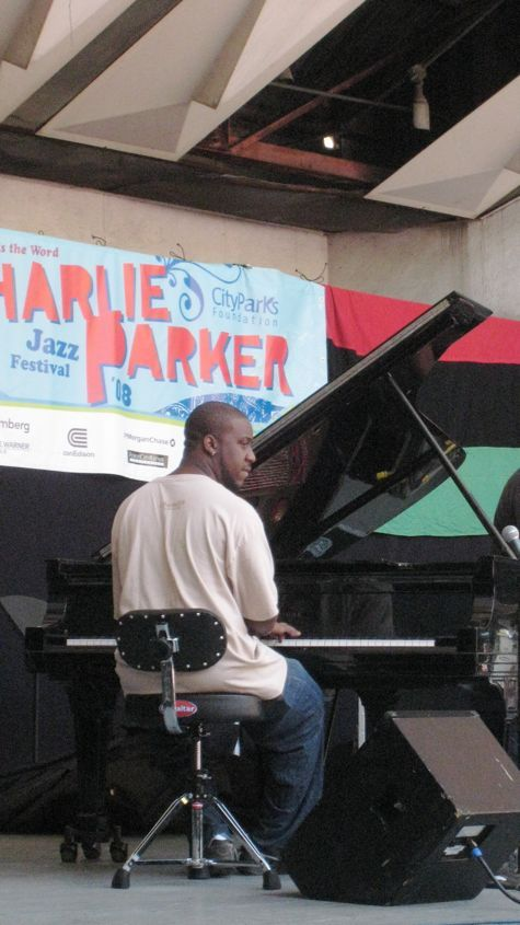 Robert_glasper_group_2
