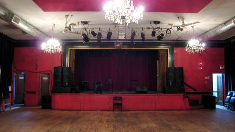 La_sala_rossa_stage